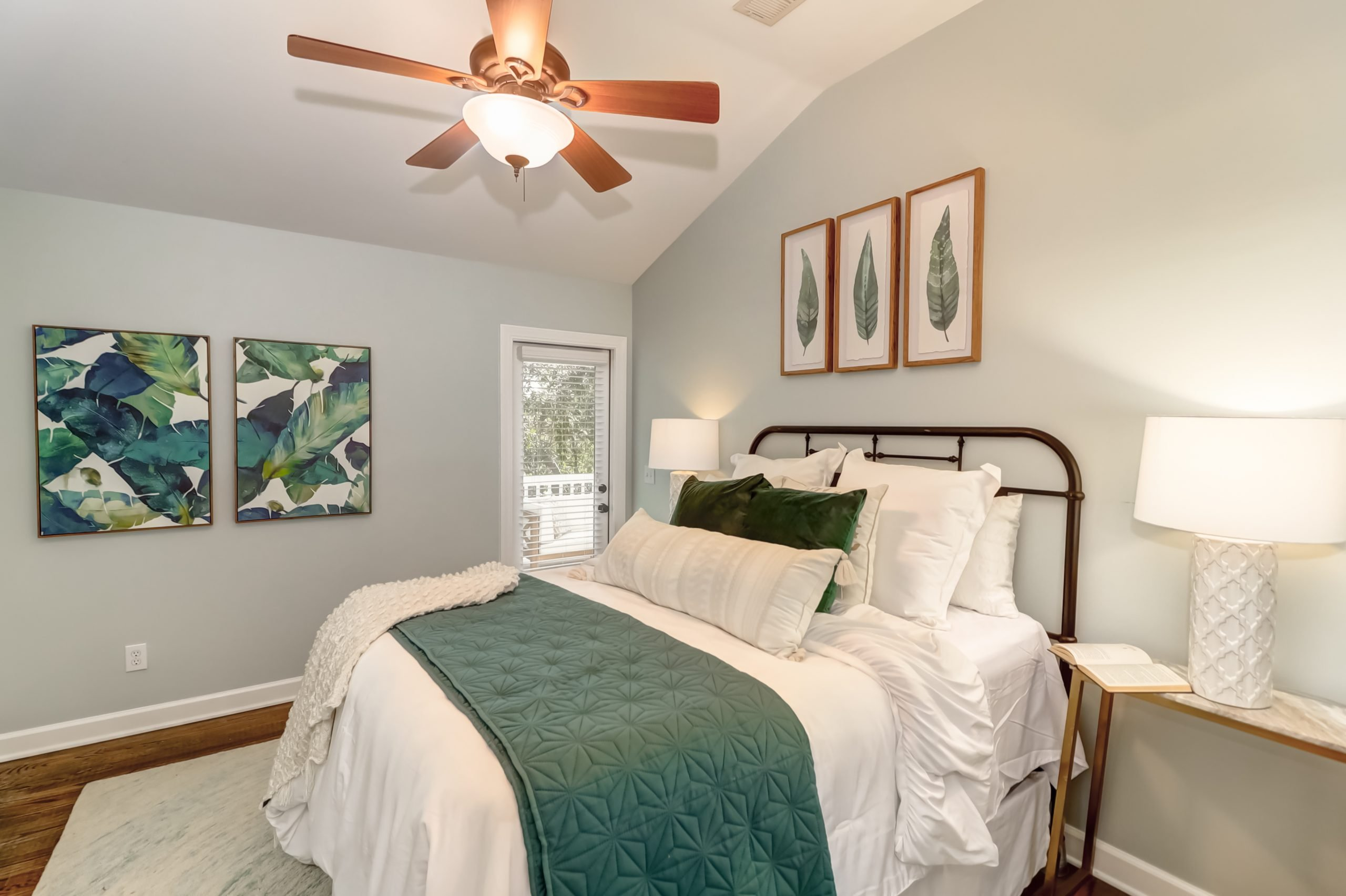 Lowcountry Staging
